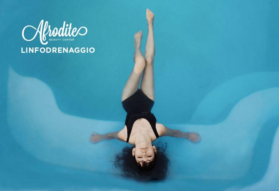 Massaggio linfodrenante contro la cellulite